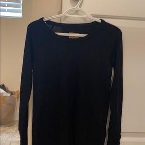 Size small chaser never worn waffle top/thermal